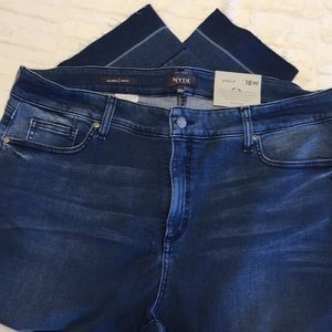 NWT NYDJ Alina Cropped Jeans With Release Hem